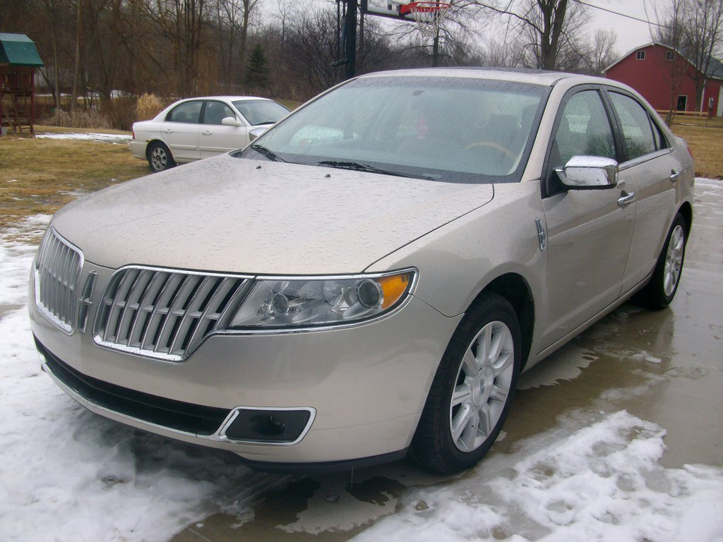 2010 lincoln mkz buds auto used cars for sale in michigan buds auto used cars for sale. Black Bedroom Furniture Sets. Home Design Ideas