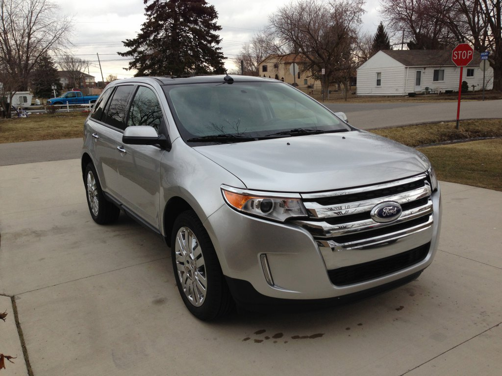 2011 ford edge sel buds auto used cars for sale in michigan buds auto used cars for sale. Black Bedroom Furniture Sets. Home Design Ideas