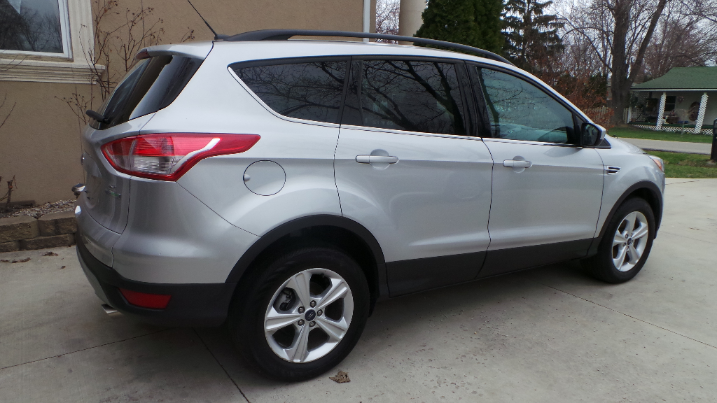 2014 ford escape buds auto used cars for sale in michigan buds auto used cars for sale. Black Bedroom Furniture Sets. Home Design Ideas