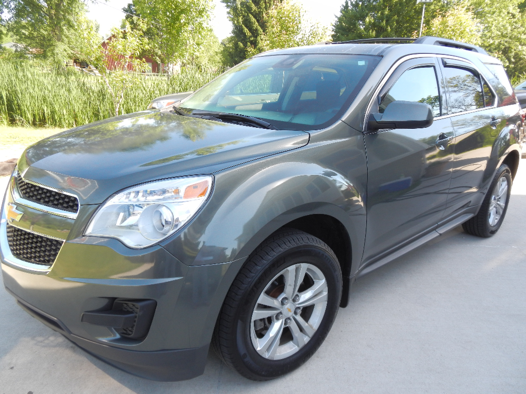 2013 chevrolet equinox lt awd 16600 buds auto used cars for sale in michigan buds auto. Black Bedroom Furniture Sets. Home Design Ideas