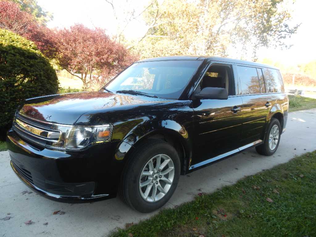 2013 ford flex se fwd 18900 call lidia 313 727 8980 buds auto used cars for sale in. Black Bedroom Furniture Sets. Home Design Ideas