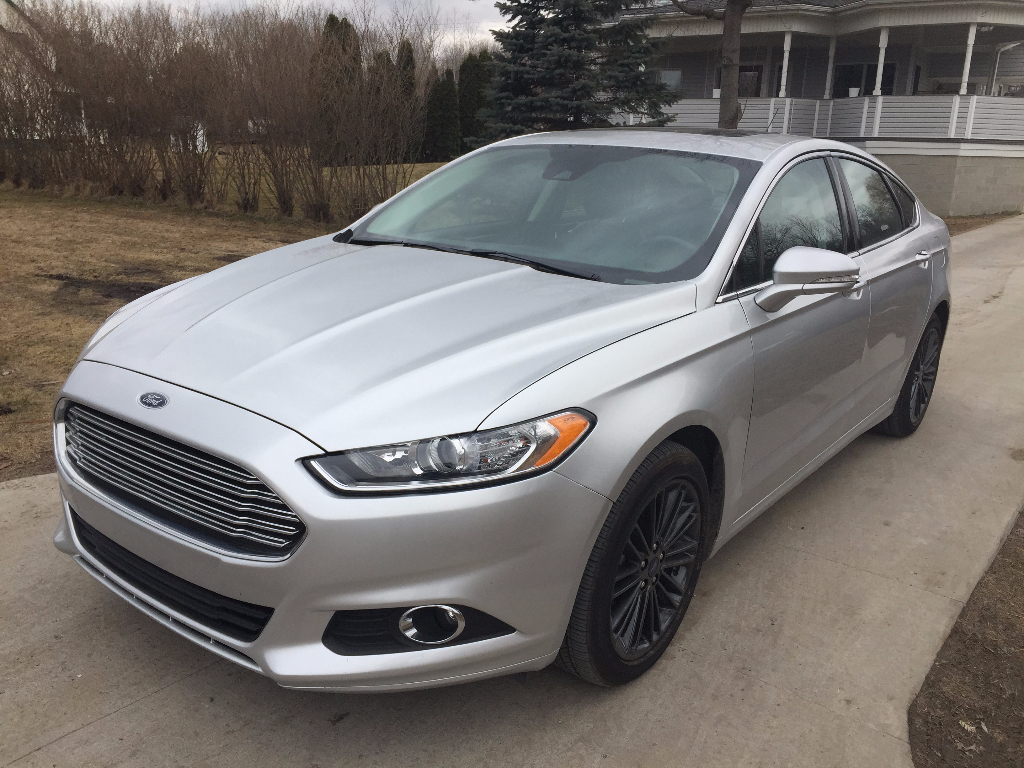 2014 ford fusion se call lidia 313 727 8980 buds auto used cars for sale in michigan buds. Black Bedroom Furniture Sets. Home Design Ideas