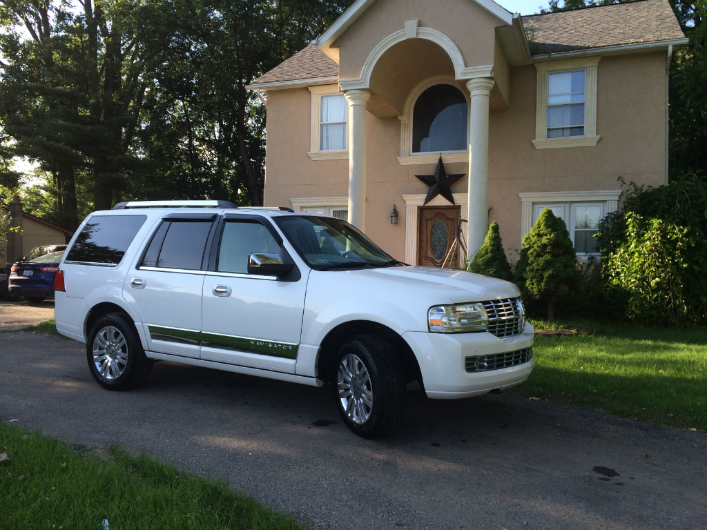 Used Cars In Michigan >> 2014 Lincoln Navigator Buds Auto Used Cars For Sale In Michigan