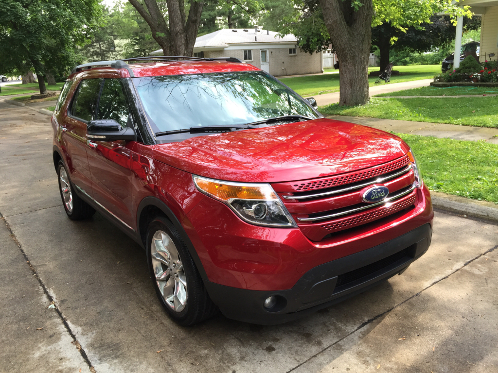 2014 ford explorer xlt buds auto used cars for sale in michigan buds auto used cars for. Black Bedroom Furniture Sets. Home Design Ideas