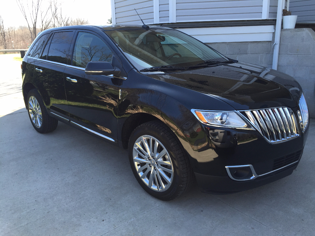 2015 lincoln mkx awd call lidia 313 727 8980 buds auto used cars for sale in michigan. Black Bedroom Furniture Sets. Home Design Ideas