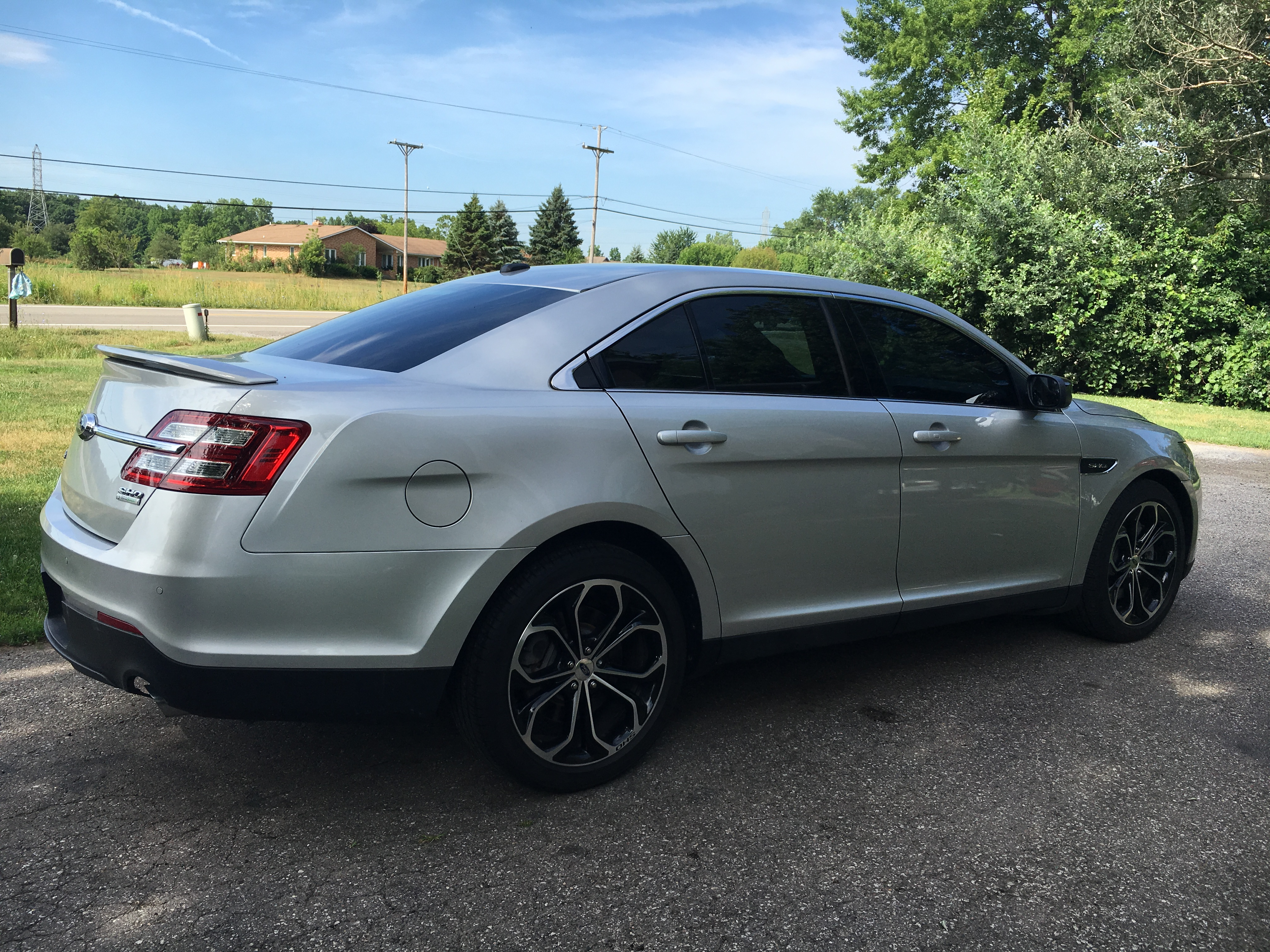 2015 ford taurus sho ecoboost awd buds auto used cars for sale in michigan buds auto. Black Bedroom Furniture Sets. Home Design Ideas
