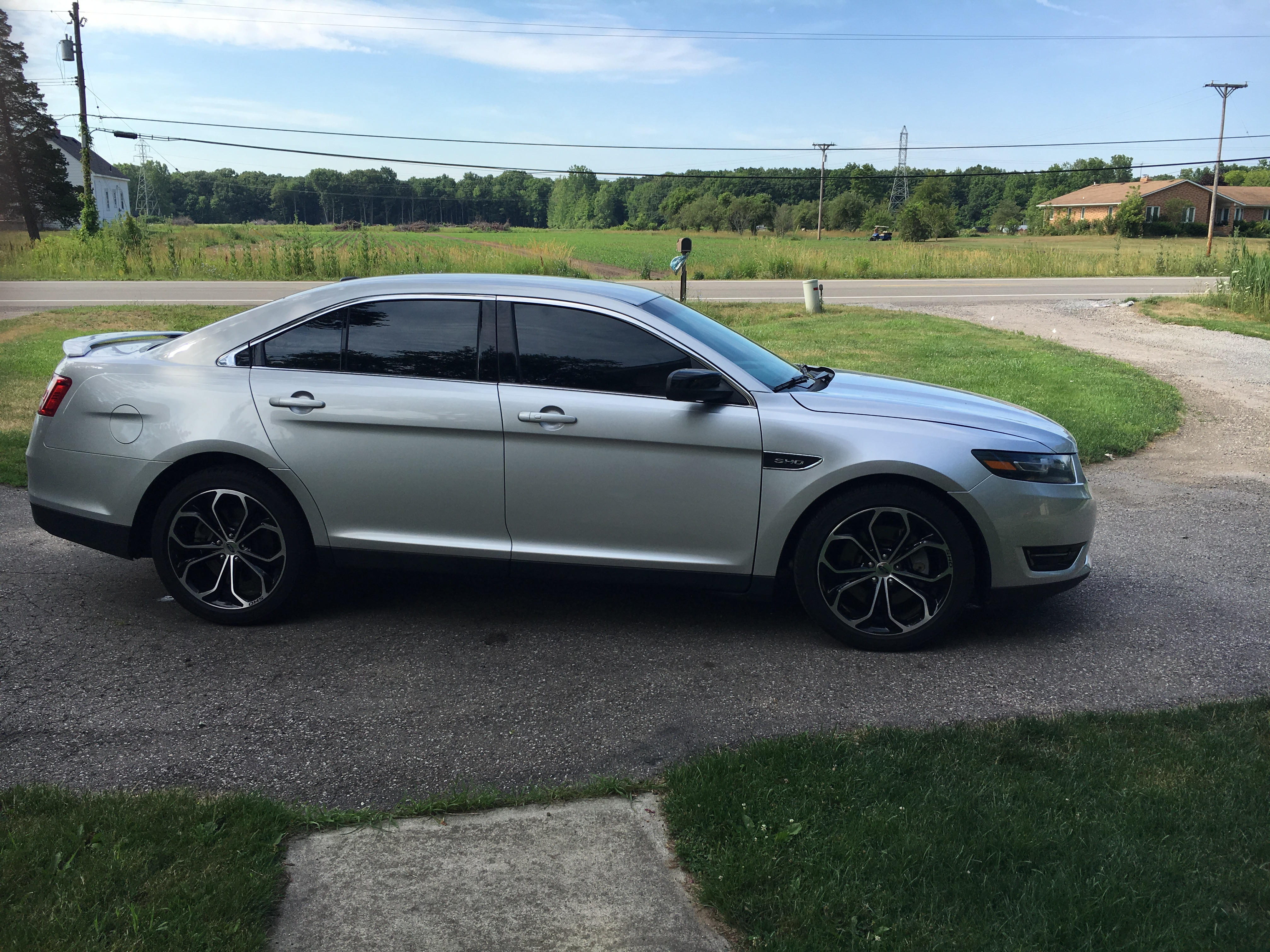 2016 Taurus Sho >> 2015 FORD TAURUS SHO ECOBOOST AWD - Buds Auto - Used Cars for Sale in Michigan - Buds Auto ...