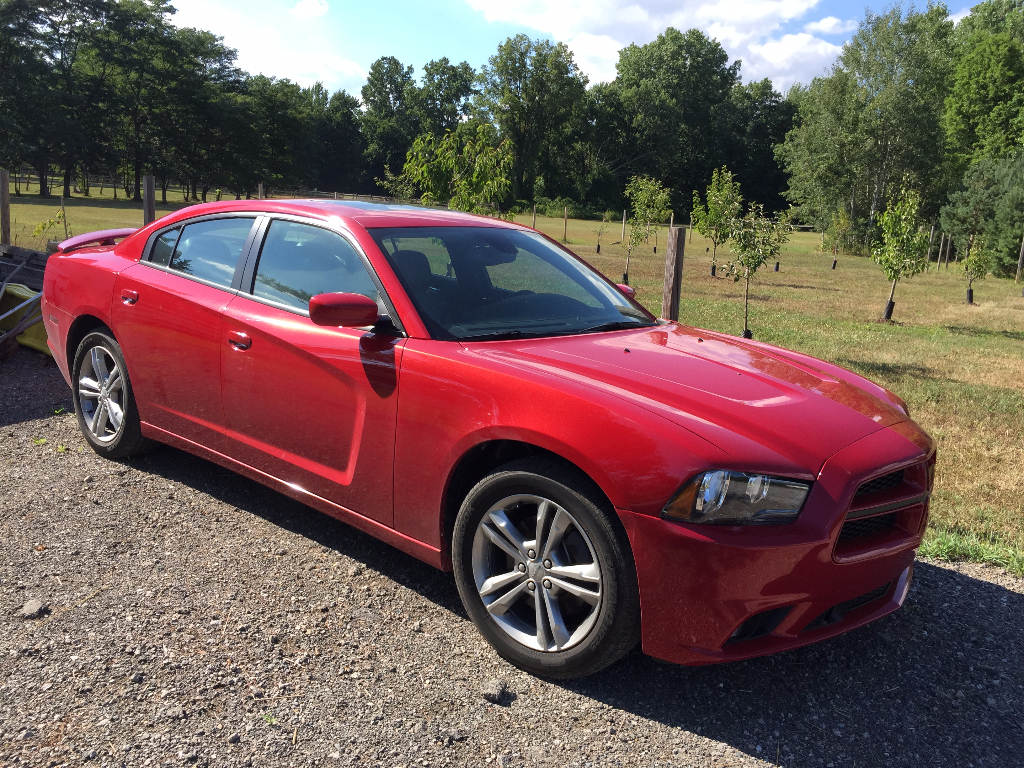 2013 dodge charger sxt awd buds auto used cars for sale in michigan buds auto used cars. Black Bedroom Furniture Sets. Home Design Ideas