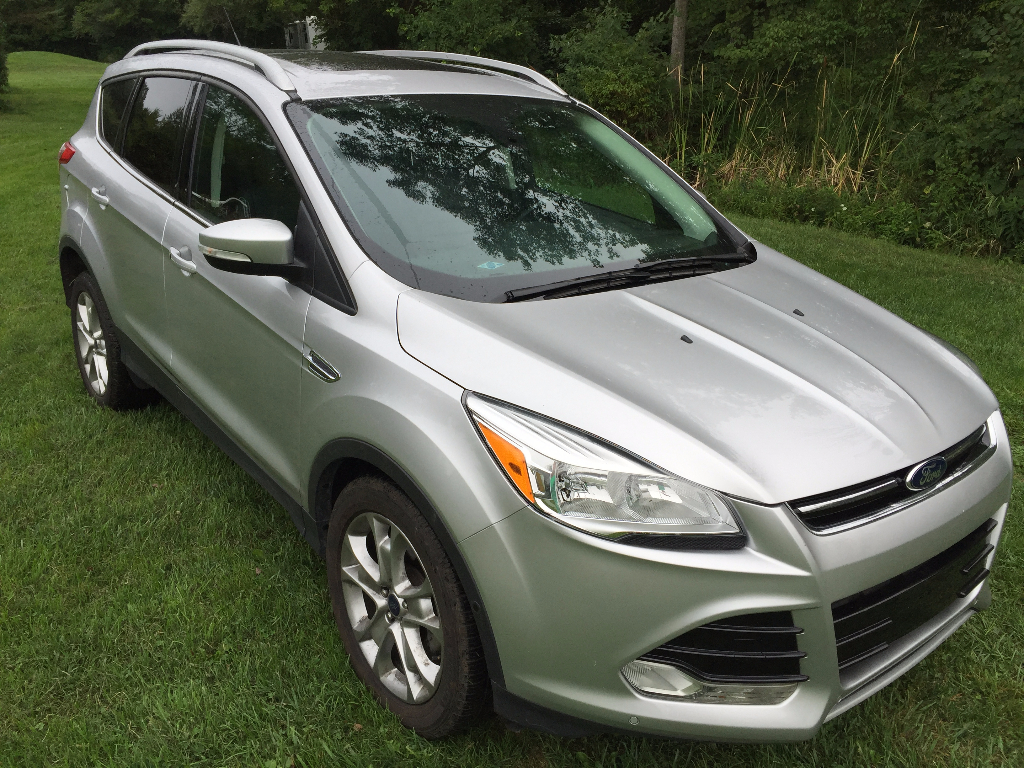 2015 ford escape titanium buds auto used cars for sale in michigan buds auto used cars. Black Bedroom Furniture Sets. Home Design Ideas