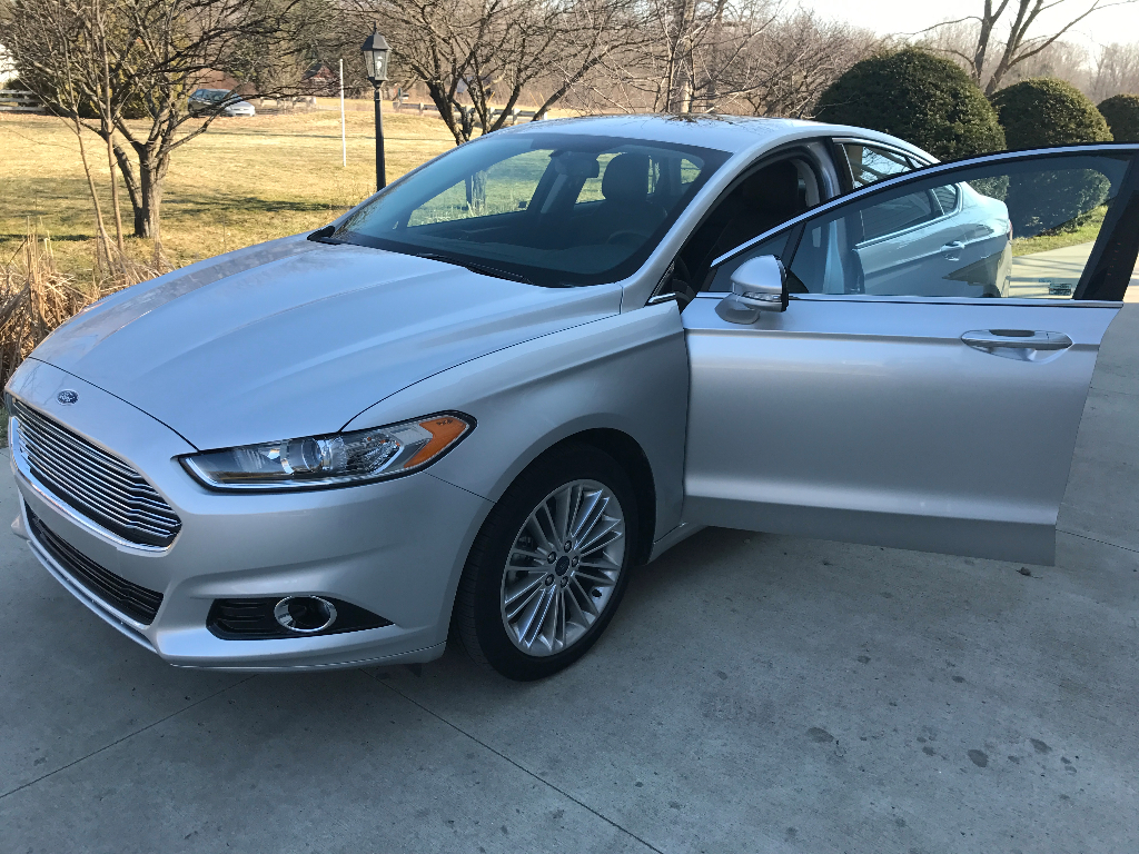 2015 ford fusion se buds auto used cars for sale in michigan buds auto used cars for. Black Bedroom Furniture Sets. Home Design Ideas