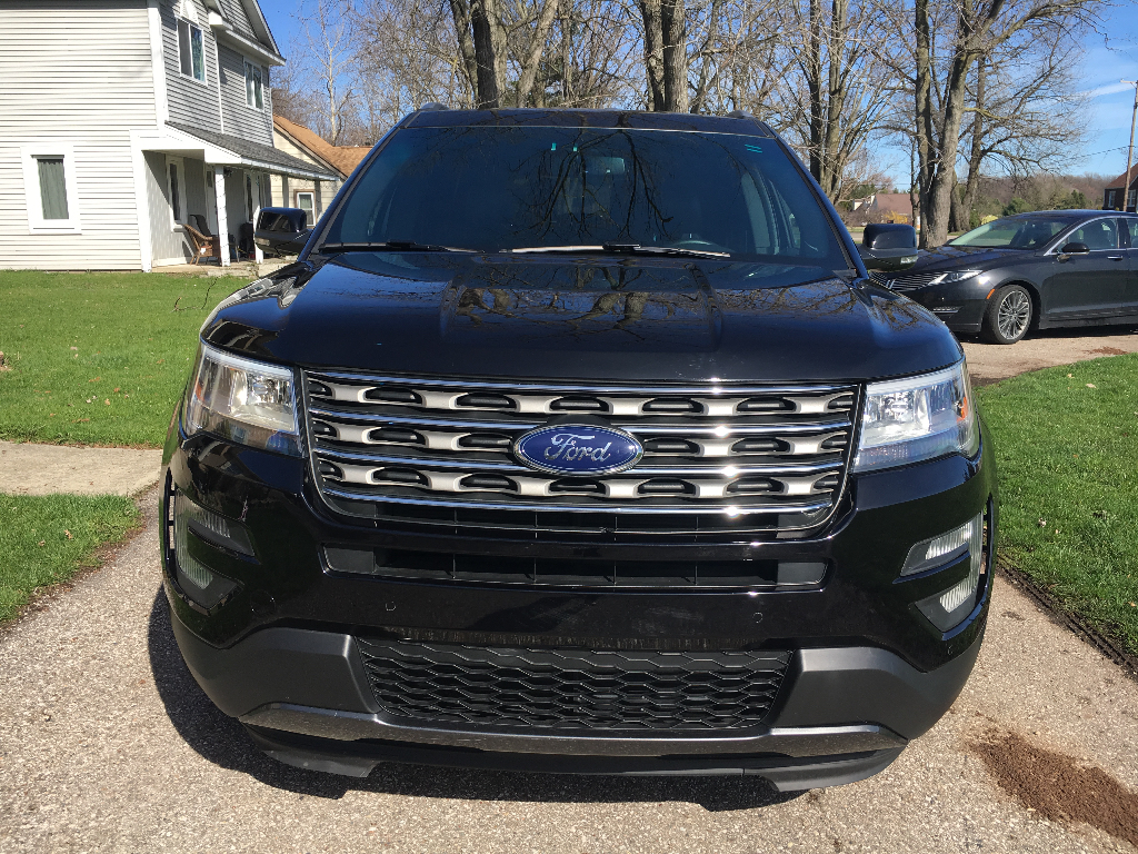 2016 ford explorer xlt awd 3 5l buds auto used cars for sale in michigan buds auto used. Black Bedroom Furniture Sets. Home Design Ideas