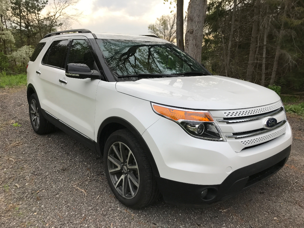 2015 ford explorer xlt awd buds auto used cars for sale in michigan buds auto used cars. Black Bedroom Furniture Sets. Home Design Ideas
