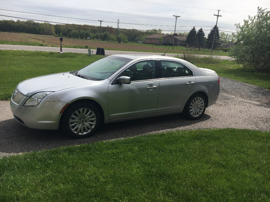 2010 mercury milan hybrid buds auto used cars for sale in michigan buds auto used cars. Black Bedroom Furniture Sets. Home Design Ideas